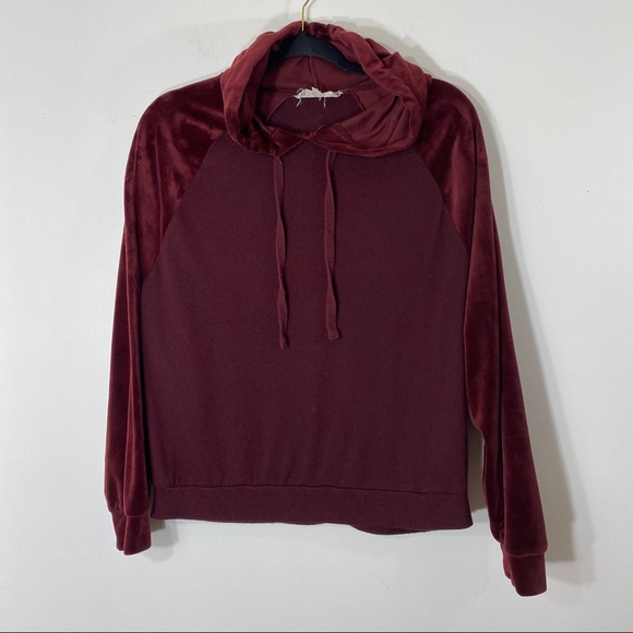 Pink Republic Large Pullover Hoody Cranberry